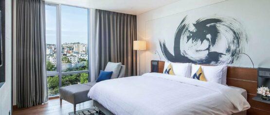 novotel guest room